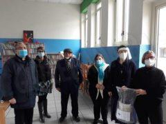 Il Rotary club di Alba per le scuole: donate oltre 200 visiere 2
