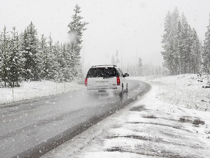 strada-neve-auto