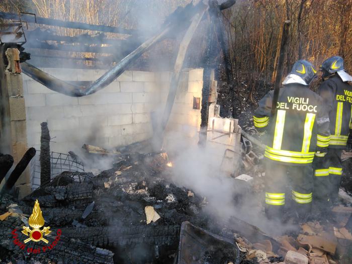 vigili del fuoco a Vignole Borbera