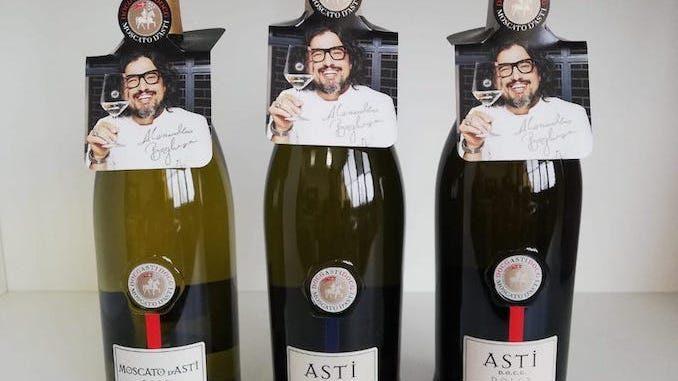 Natale 2020: il Consorzio dell'Asti presenta i nuovi neck hangers