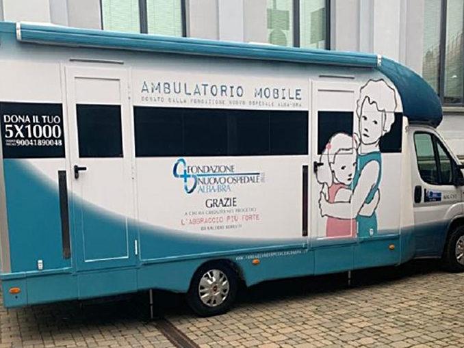 Un ambulatorio medico mobile per il vaccino antinfluenzale nell'area Asl Cn2