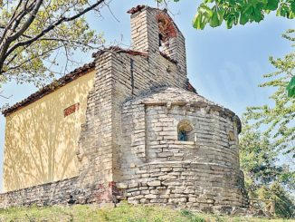 Monforte: l'antica cappella di Perno è stata presa di mira dai vandali