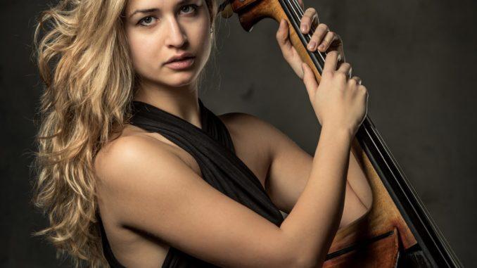 Questa sera dal palco del Toselli di Cuneo un Concerto per orchestra d'archi