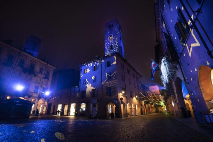 Alba: un'illuminazione da record per piazza Duomo grazie a Egea, Comune e Borgo San Lorenzo