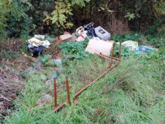 Identificate e multate una decina di persone che hanno abbandonato rifiuti