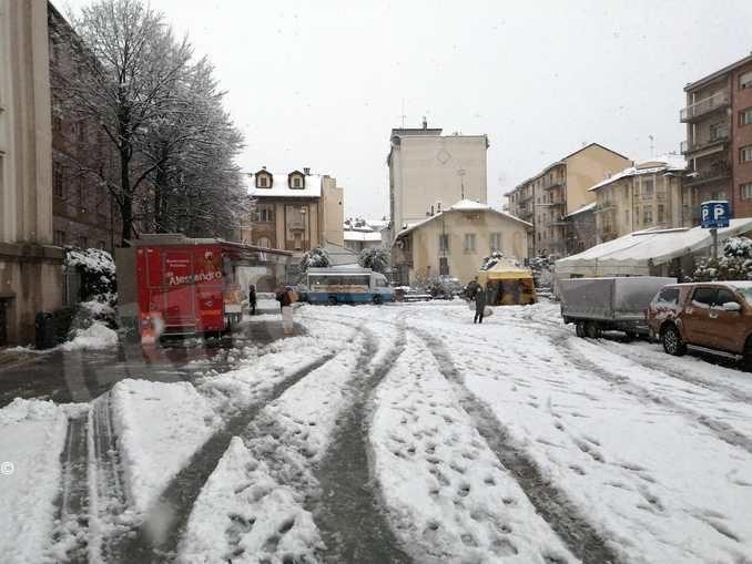 Le foto della prima nevicata stagionale 4