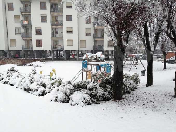 Le foto della prima nevicata stagionale 6