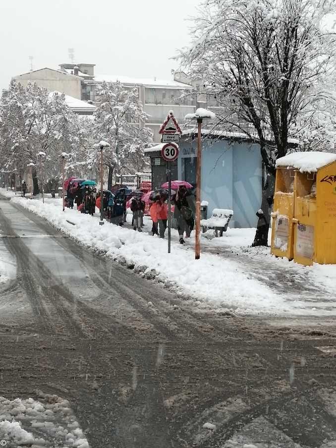 Le foto della prima nevicata stagionale 7