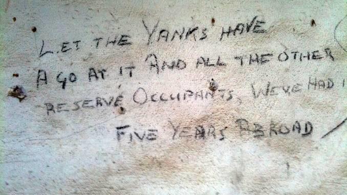 L'Anpi: «Quei graffiti non devono essere distrutti»
