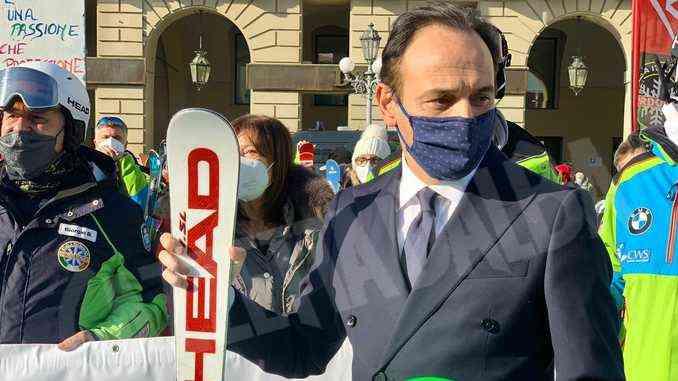 Dalla Regione un contributo di 2mila euro a ogni maestro di sci