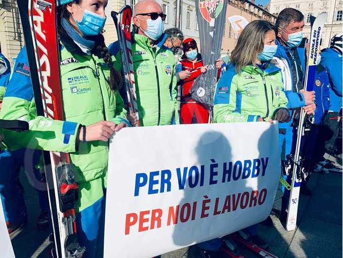 Dalla Regione un contributo di 2mila euro a ogni maestro di sci 1