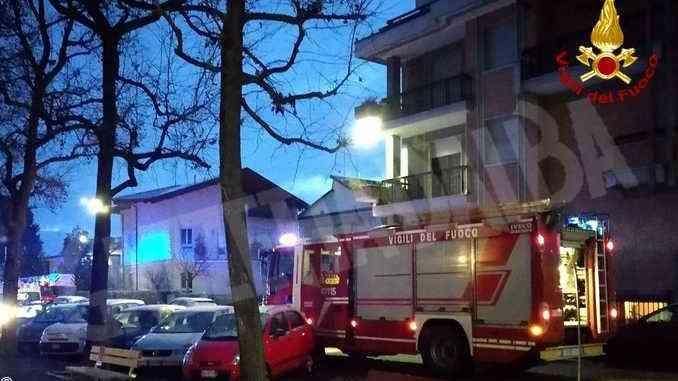 Principio d'incendio in un condominio a Cuneo: evacuati i residenti