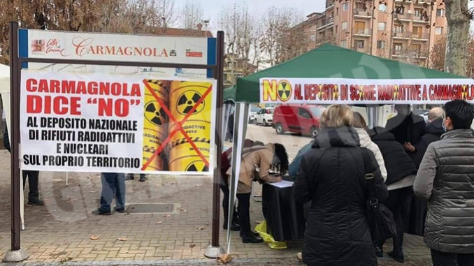Ceresole: la raccolta firme contro il deposito scorie proseguirà in piazza Don Cordero anche domani