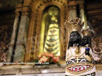 Statua della Madonna di Loreto, protettrice degli aviatori, farà tappa all'aeroporto di Levaldigi