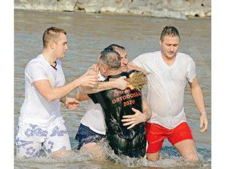 La comunità ortodossa macedone festeggerà l'Epifania senza il tradizionale tuffo nel Tanaro
