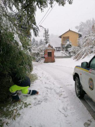 A Corneliano una nevicata fitta inaugura il nuovo anno, la Protezione civile interviene 2
