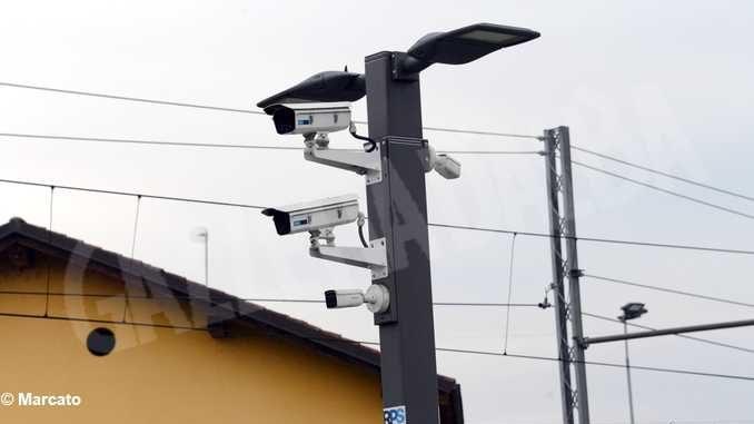 Sei varchi fotografano tutto il traffico di Alba