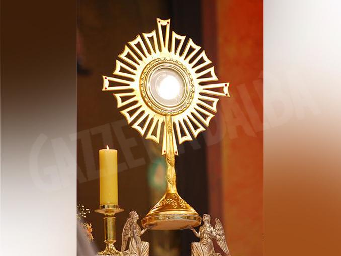 adorazione eucaristica
