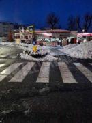 Cumuli di neve al posto dei banchi e gli ambulanti si lamentano 2