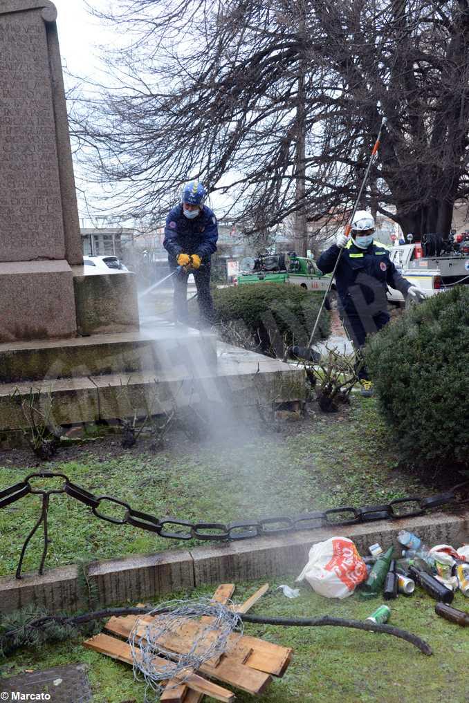 alba pulizia monumento caduti 10