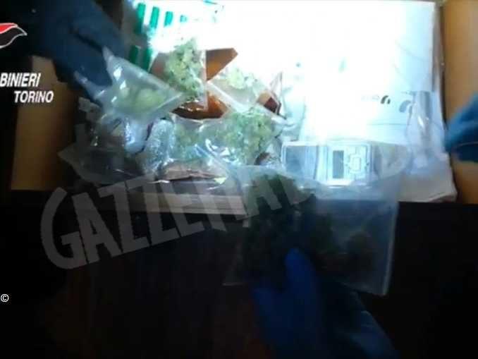 Sporge denuncia e viene arrestato per possesso di droga