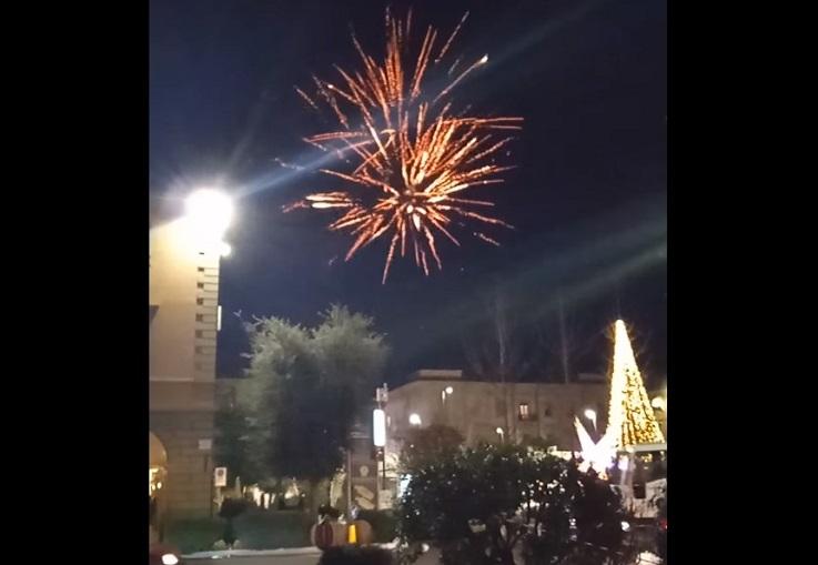 fuochi d'artificio piazza Michele Ferrero
