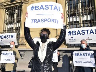 Covid: Ascom Torino, commercio perde da 50% a 75% punte 90%