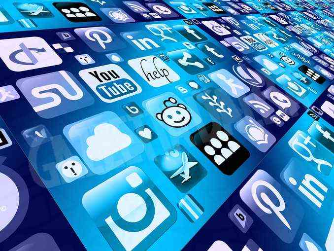 Social media: un nuovo modo di esprimersi o potenzialmente pericolosi? 1