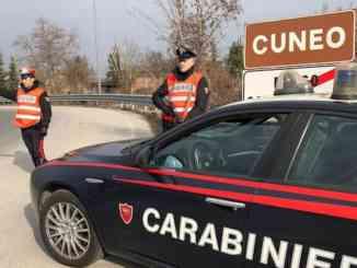 Cuneo:furto in due esercizi commerciali del centro storico, nei guai un gruppo di giovani