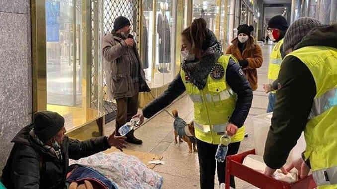 Clochard: Fahrenheit 451 in strada per portare aiuto