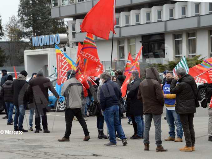 Mondo sciopero 05