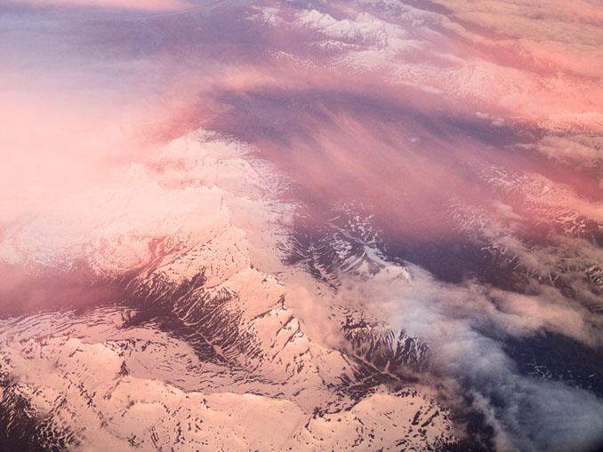 Neve colorata di rosa