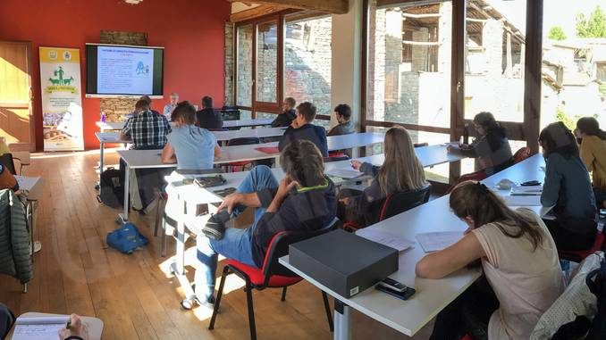 A marzo riparte tra Paroldo e Moretta la scuola nazionale di pastorizia