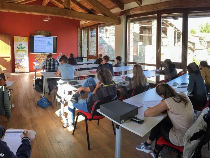 Scuola Pastorizia_lezione a Paroldo (003)
