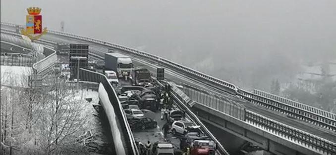 Maxi tamponamento sulla Torino-Bardonecchia, almeno due morti