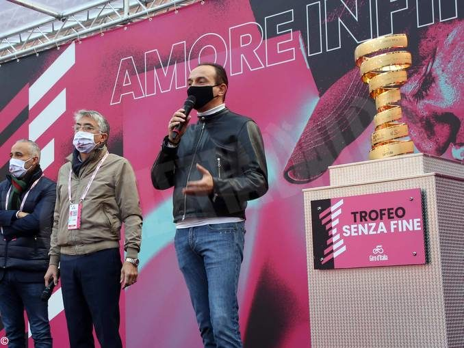 Cirio: «Canale, capitale del Roero, merita di avere una tappa del Giro d'Italia»