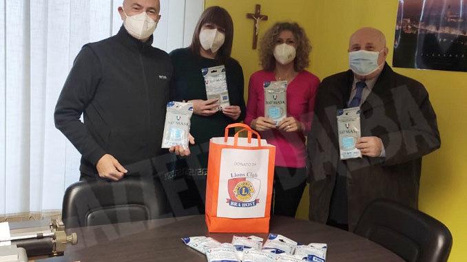 Donate mascherine dal Lions Club Bra Host al centro diurno dell'Aghavdi Bra