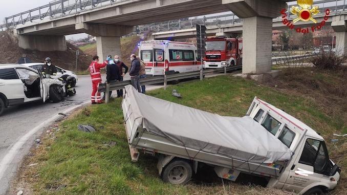Incidente sulla tangenziale di Alba: traffico in tilt 1