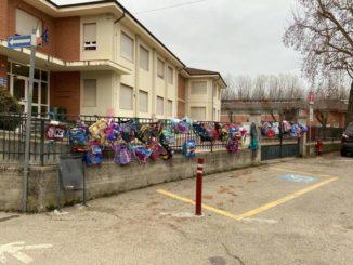 Neive: manifestazione dei genitori contro la chiusura delle scuole