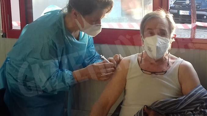 A Neive sono iniziate le vaccinazioni degli ultrasettantenni