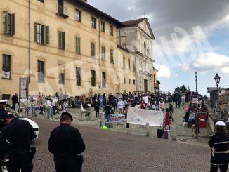 Protesta contro la Dad, oggi Flash-mob anche a Bra