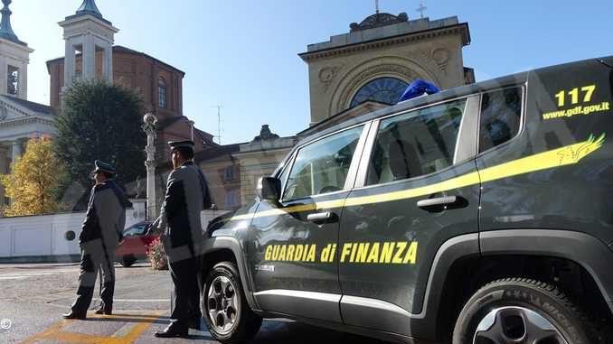 I finanzieri di Bra sequestrano una villa comprata coi soldi della droga