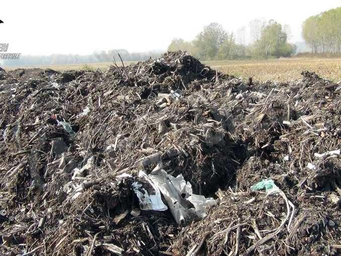 Falso compost smaltito nei campi: i dettagli dell'attività di indagine 3
