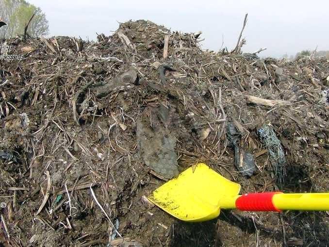 Falso compost smaltito nei campi: i dettagli dell'attività di indagine 4