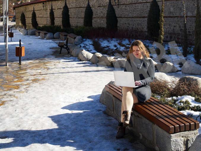 Lavorare dai luoghi di vacanza: progetto per avere 400mila pernottamenti in più al mese