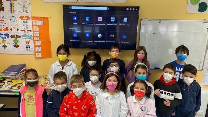 Castelletto Uzzone: un televisore per la scuola