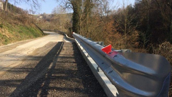 Ripristinata la scarpata in via valle Bera a Castiglione Tinella