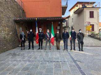Deposta una corona d'alloro a Murazzano, ricordando coloro che combatterono e contribuirono a liberare l'Italia dal nazifascismo, Murazzano ha