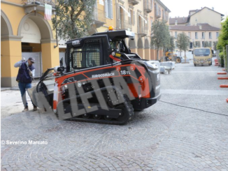 Iniziati i lavori per la nuova pavimentazione di piazza Ferrero 2