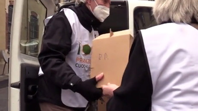 """Pranzo a Mille"", per 250 famiglie povere food delivery in dono"